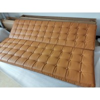 Barcelona Sofa Cushions And Straps In Pu Leather