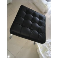 Barcelona Ottoman Cushions And Straps In Italian Leather