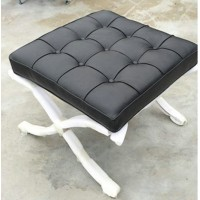 Barcelona Ottoman Cushions And Straps In Full Nappa Leather