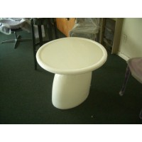 Parabel Table of 60cm in diameter in White color